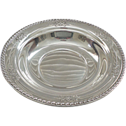 "WALLACE Sterling Silver 10"" Vegetable Bowl #225, Embossed Decoration, 225 grams"