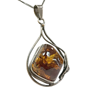 Vintage  Gorgeous Large  Honey Baltic Amber And Sterling Silver  Pendant Necklace !!!