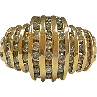 Vintage 14K Solid Yellow Gold And  1 Ct Diamond Ring!!!