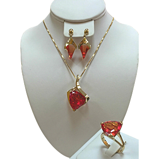 Vintage 14K Yellow Gold Padparadschah (Orange Sapphire) Necklace, Ring And Earring Strell Jewelry Set