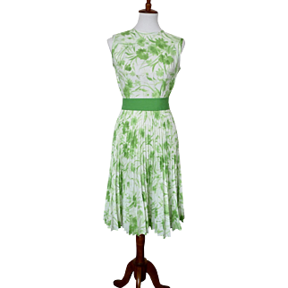 Vintage Mid Century Carol Brent Kelly Green Floral Dress