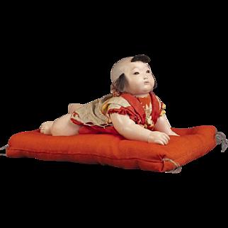 Japanese Sosaku Haihai Crawling Doll