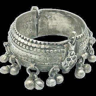 19th Century Yemenite Bedouin Silver Hinged Bracelet
