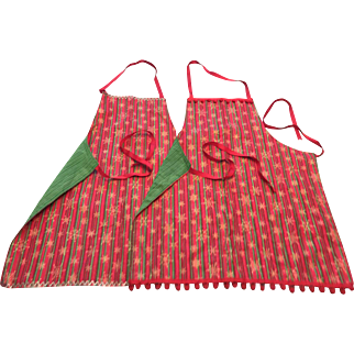 Set of 2 Reversible (His and Hers?) Christmas Aprons