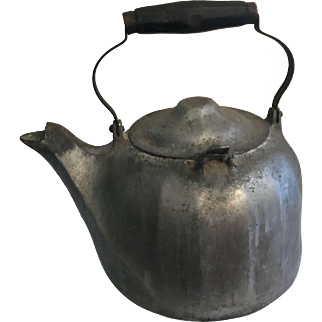 Large Wagner Cast Aluminum Kettle - Wagner Ware Colonial Tea Kettle