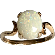 Vintage 14 K Yellow Gold 1.65 Carat Oval Opal Ring