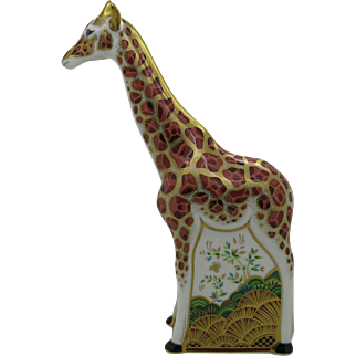 Royal Crown Derby Mother Giraffe Paperweight 22K Gold  Free Shipping