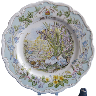 The Picnic Plate Royal Doulton Brambly Hedge  Gift Boxed  Free Shipping
