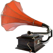 Antique Gramophone, HMV, Great Britain, 1910