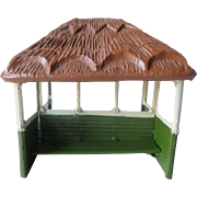 Britains pre-war Painted Lead No28mg Garden Shelter