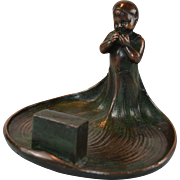 American Art Nouveau ash tray in shape of a young girl U.S. Metal manufacturers comp. 1904