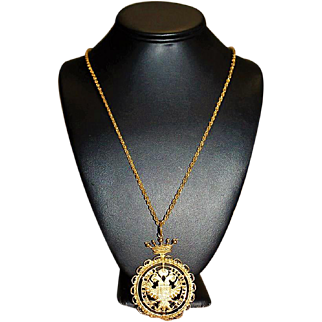 ACCESSOCRAFT Designer Signed High End Medallion Gold Tone Cut Out Necklace