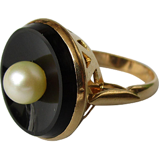 Vintage 18K gold with onyx and cultured pearl.