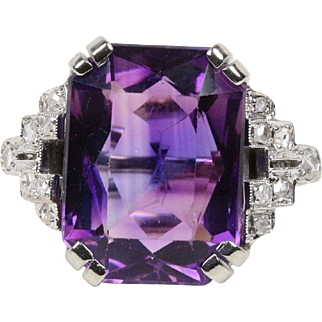 Vintage Art Deco Amethyst and Diamonds 14K White Gold Ladies Ring