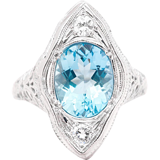 Art Deco Aquamarine and Diamond Filigree Ring in 18 Karat White Gold