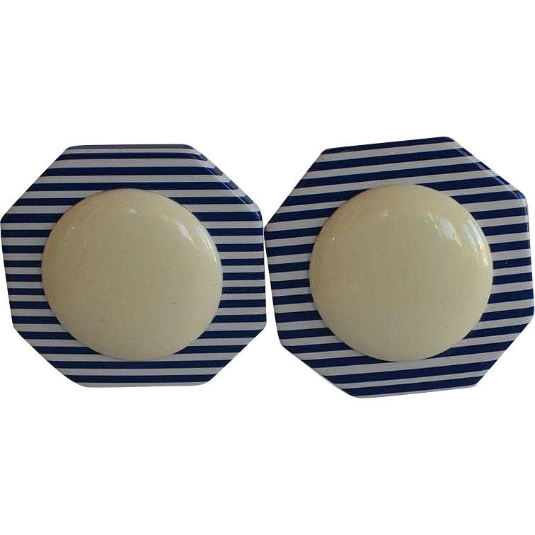 Large Vintage 50's octagon shape Layered Striped Blue & White Lucite Plastic Clip-on Earrings with huge cream cabochon
