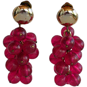 Huge Vintage frosted translucent Purple Pink lucite plastic Grapes beaded Statement Cha-Cha Dangle Clip-on Earrings