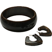 Stunning Mississippi Mud Chocolate Brown Bakelite Set, Bakelite Bangle and Pierced Earrings