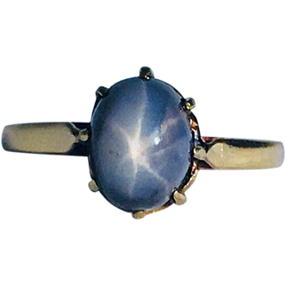 Vintage Natural Black Star Sapphire 18k yellow gold ring.