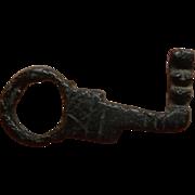 """II - IV sec. AD - Roman Key cast in bronze """"lost wax"""""""