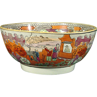 Antique Pottery Punch Bowl in New Hall Pattern 425, Boy in the Window c.1790.