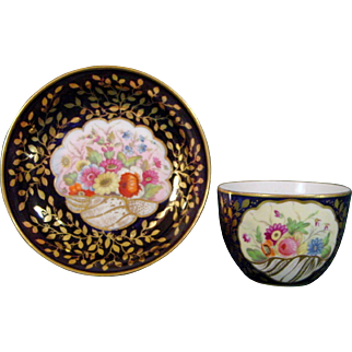 Bold Minton Cup and Saucer with Flower Decoration, Pattern 876, c.1820.