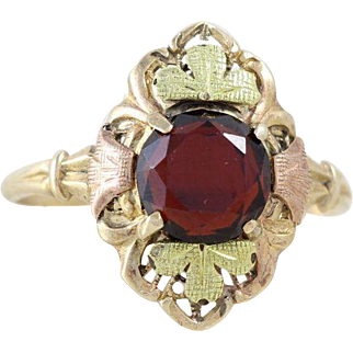 Antique Garnet Ring 10k Yellow Gold Green and Rose Gold Leaves Size 7 1/4