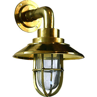 Small Brass Nautical Ship Sconce
