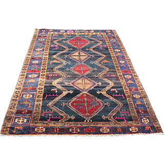 5.2′ X 9.3′ Shiraz, persian, vintage,hand-knotted, oriental rug