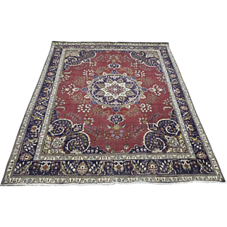 9.8′ X 12.6′ Persian Tabriz, hand-knotted red center medallion  design rug
