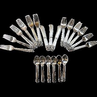 21 Piece Royal Danish International Sterling Silver Flatware 976.54 Grams