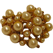 Vintage Faux Pearl Heart Brooch / Pin