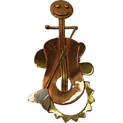 Vintage Mixed Metals Cello Player Pin