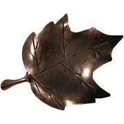 Vintage Stuart Nye Sterling Silver Maple Leaf Pin