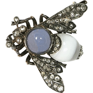 Remarkable Antique French Diamond Bee Pin