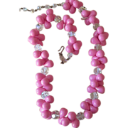 Pink Power! Vintage necklace