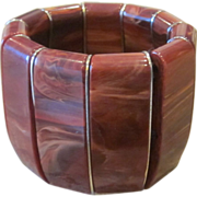 OUtstanding Vintage Bakelite Bracelet
