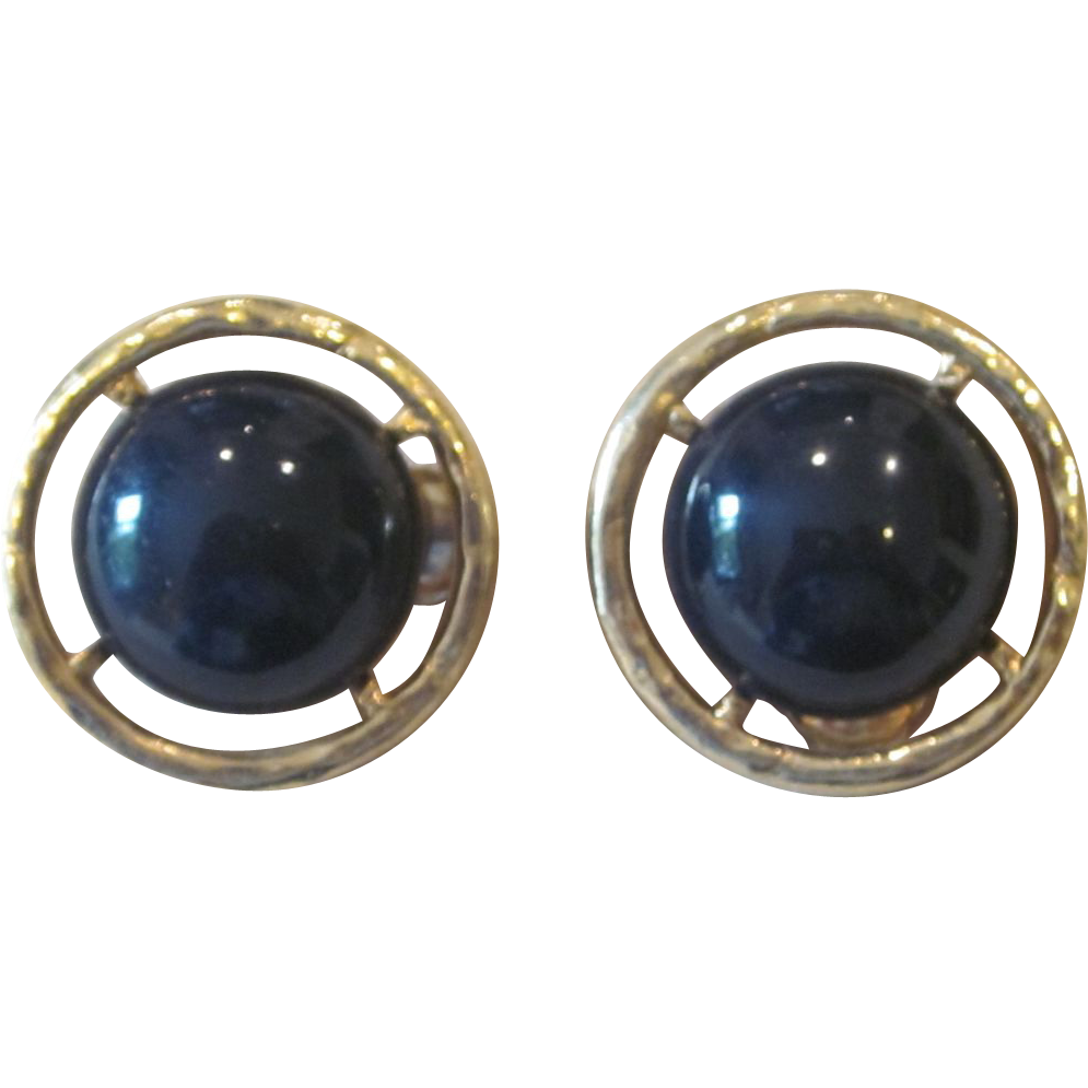 Les bernard large runway vintage earrings from for Best place to sell gold jewelry in chicago