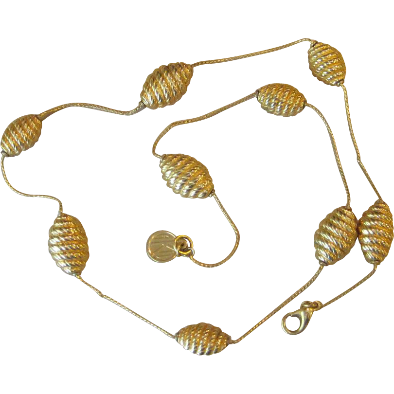 ANNE KLEIN-  elegant vintage necklace