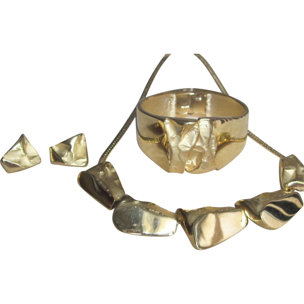 "Crown Trifari - Outstanding  ""Golden Nugget""  Demi Parure"