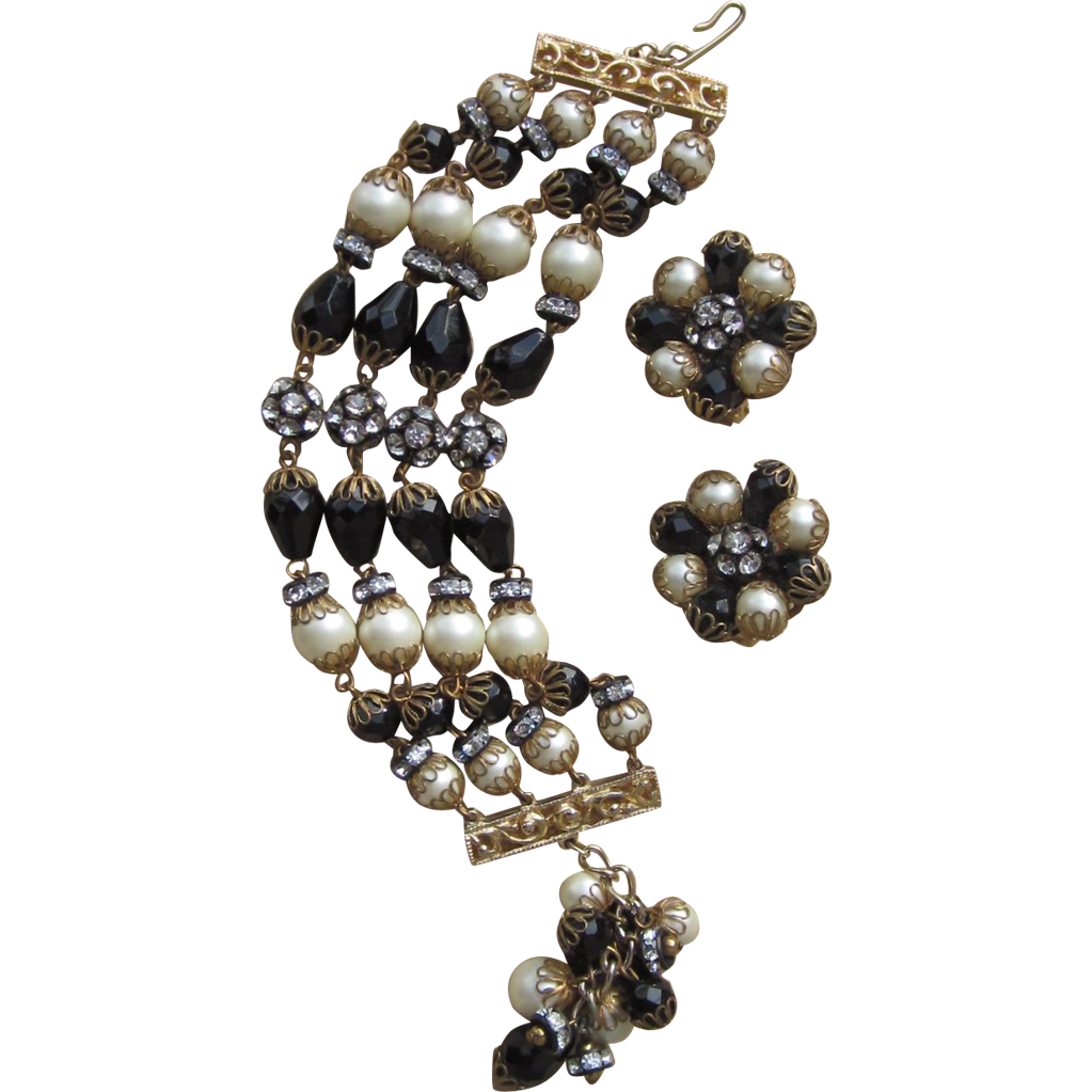 HOBE- Stunning Bracelet and Earrings