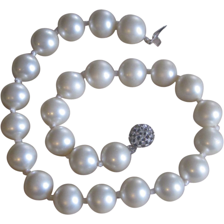 Ciner- Faux  Glass Pearls- Super Clasp