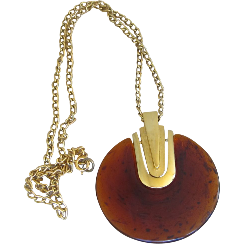 Trifari Desirable Huge Pendant Vintage Necklace