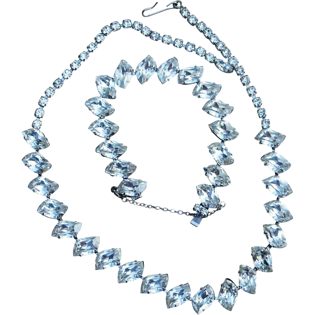 Vintage Elegant Rhinestone Necklace and Bracelet Set