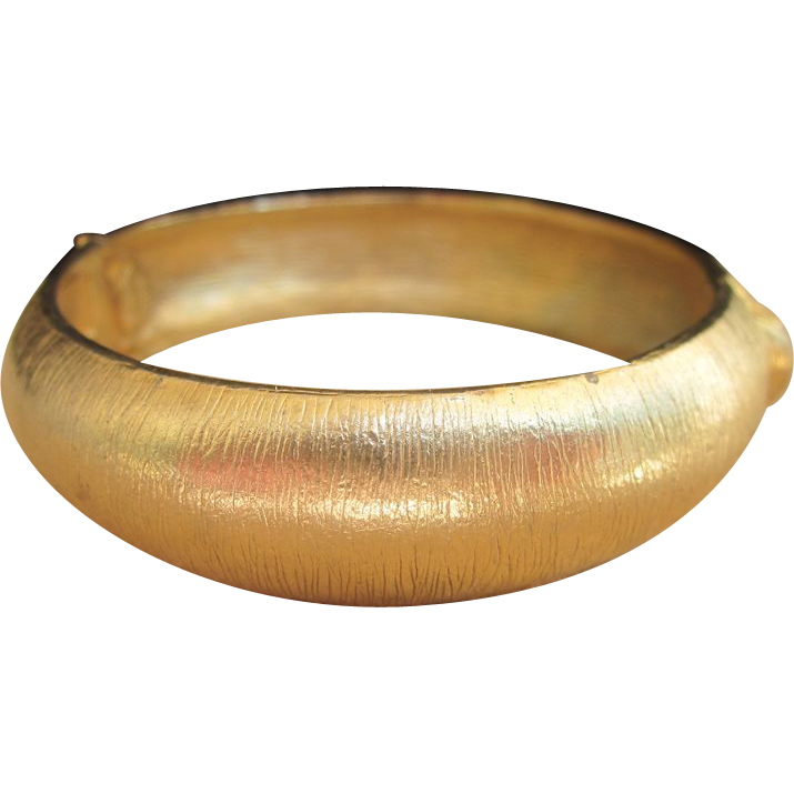 Hattie Carnegie Signed Vintage Gold Toned Bangle