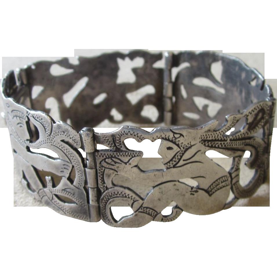 Aztec Guatemala  Rare Signed  Vintage Bracelet 48 grams