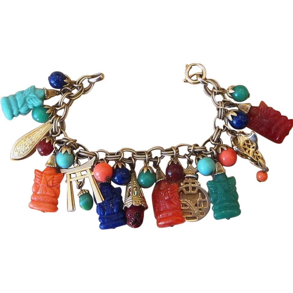 Napier Rare Signed Asian Theme With Buddhas Vintage Charm Bracelet