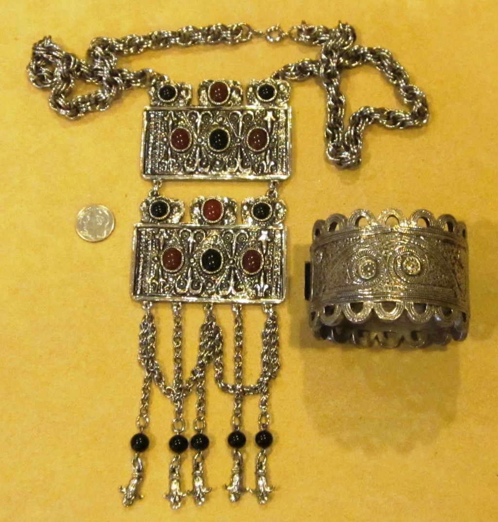 Antique Egytian Glass Necklace Prices