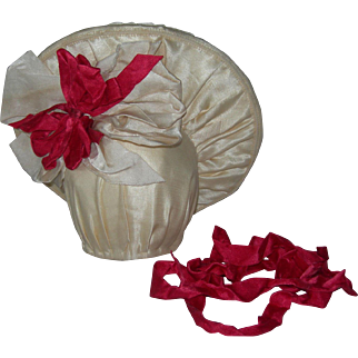 Cream Silk Hat 4 Bisque Dolls Red ribbon details