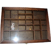 Nice wooden Display case for Miniatures